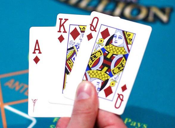 ¿Qué es el Omaha Poker? - CasinoLat